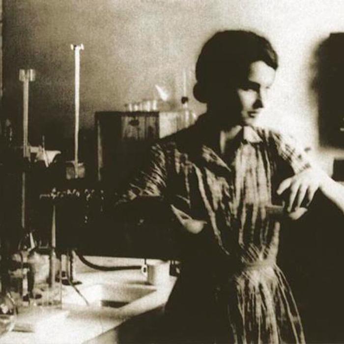 25 de julio. Aniversario del natalicio de Rosalind Franklin